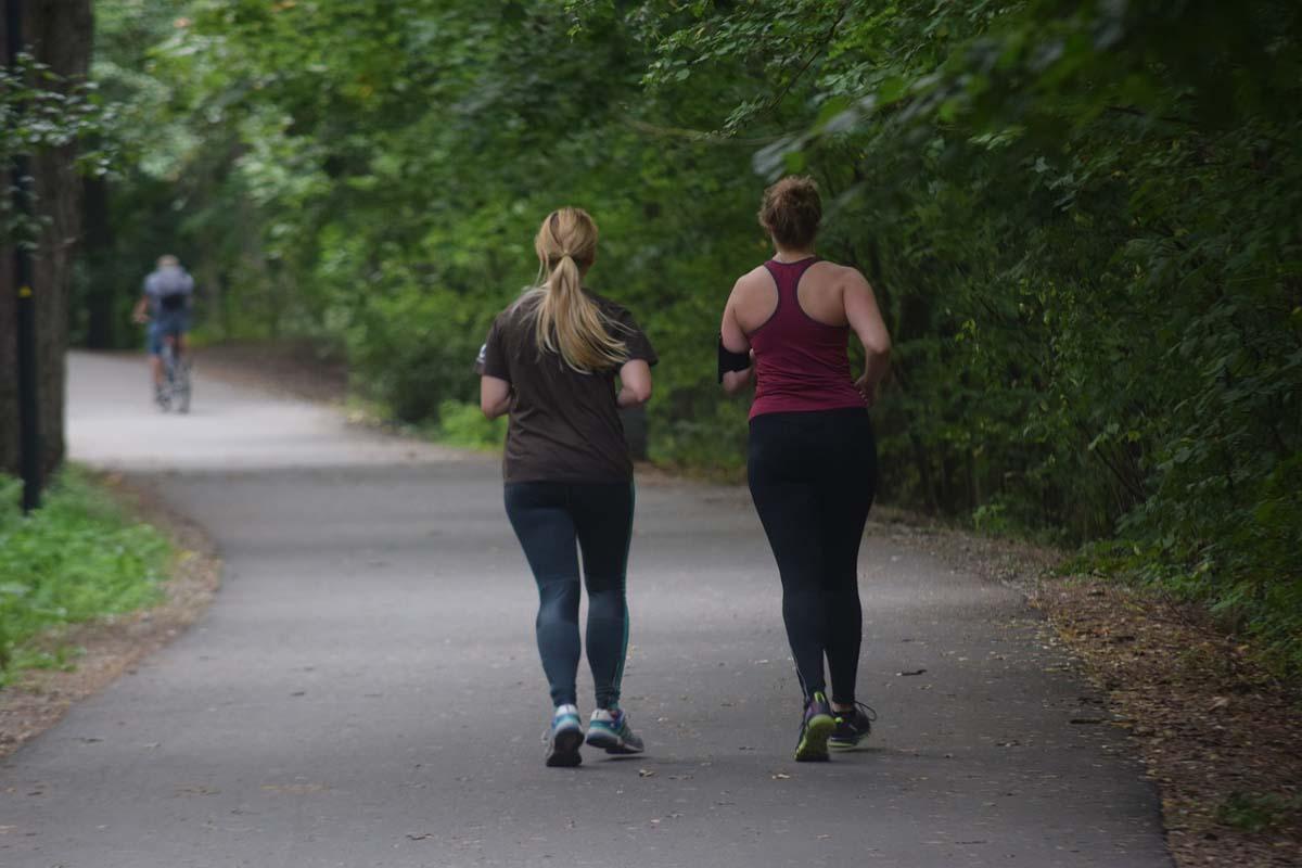Alternating between Running and Walking